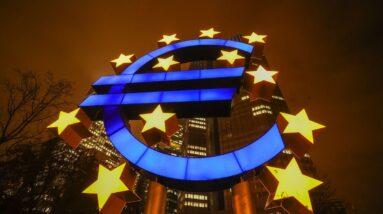 Revved-Up ECB QE Perplexes Traders as Volatility Strikes Back