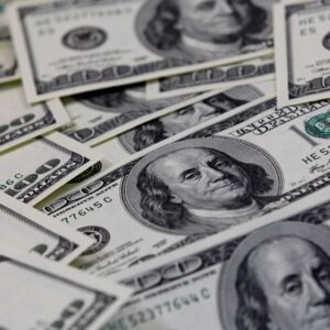 U.S. money market funds see massive inflows in week to March 24