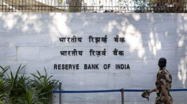RBI to buy and sell Rs 10,000 cr market bonds simultaneously under OMO